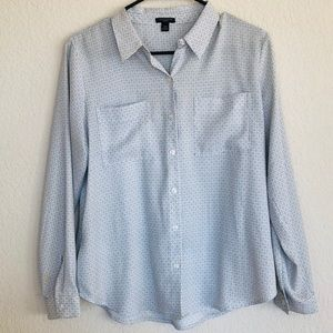 2for25 sale Ann Taylor button down blouse